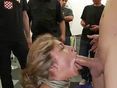 Dirty whore gets fucked in a hair salon